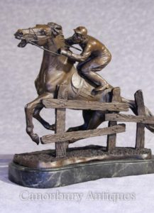 Bronzo francese Steeplechase Horse and Jockey statua