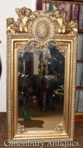 Specchietto barocco dorato in stile barocco dorato